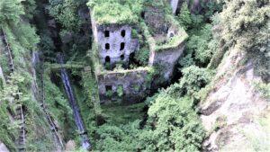 Vallone dei Mulini Sorrento: il paese abbandonato