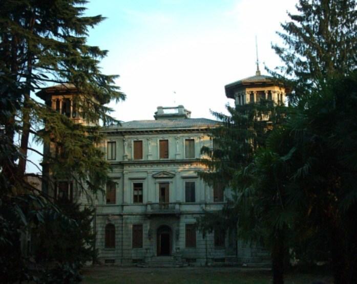 Villa Camilla: Italia abbandonata