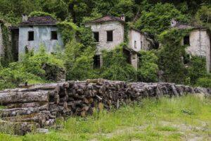"""Il Paese Fantasma di Ca 'Scapini, """"Il villaggio dei bambini perduti"""""""