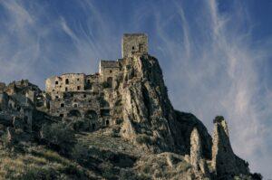 I 6 Paesi Fantasma da non perdere in Italia